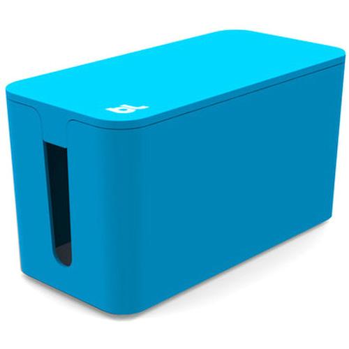 Бокс для проводов Bluelounge CableBox Mini синийОрганайзеры проводов и гаджетов<br>С Bluelounge CableBox Mini кабели теперь всегда будут храниться опрятно и без пыли.<br><br>Цвет товара: Синий<br>Материал: Огнестойкий пластик, резина