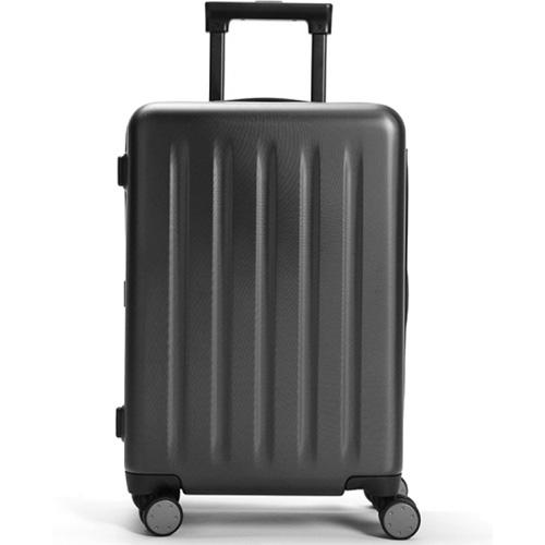 Чемодан Xiaomi Mi Trolley 90 Points 20 дюймовСумки и аксессуары для путешествий<br>Xiaomi Mi Trolley 90 Points —это противоударный и удобный чемодан для путешествий, имеющий бесшумные и маневренные колеса, а также кодовый замок.<br><br>Цвет товара: Чёрный<br>Материал: Поликарбонат (Makrolon), алюминий, текстиль