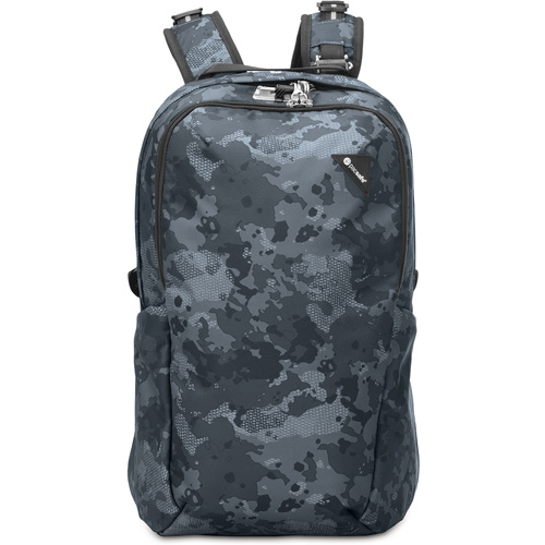 Рюкзак Pacsafe Vibe 25 серый камуфляжРюкзаки<br>Вместительный и комфортный рюкзак Pacsafe Vibe 25 Black обеспечит максимальную защиту для ваших вещей!<br><br>Цвет товара: Серый<br>Материал: Текстиль, нержавеющая сталь, пластик