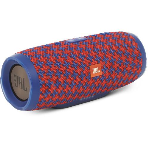 Акустическая система JBL Charge 3 Special Edition (Malta)Колонки и акустика<br>Фирменный звук JBL способен наполнить любимой музыкой не только ваш дом, но и создать драйв на вечеринке у бассейна.<br><br>Цвет товара: Разноцветный<br>Материал: Пластик, текстиль