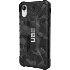 Чехол UAG Pathfinder SE Camo Series Case для iPhone Xr чёрный камуфляж Midnight